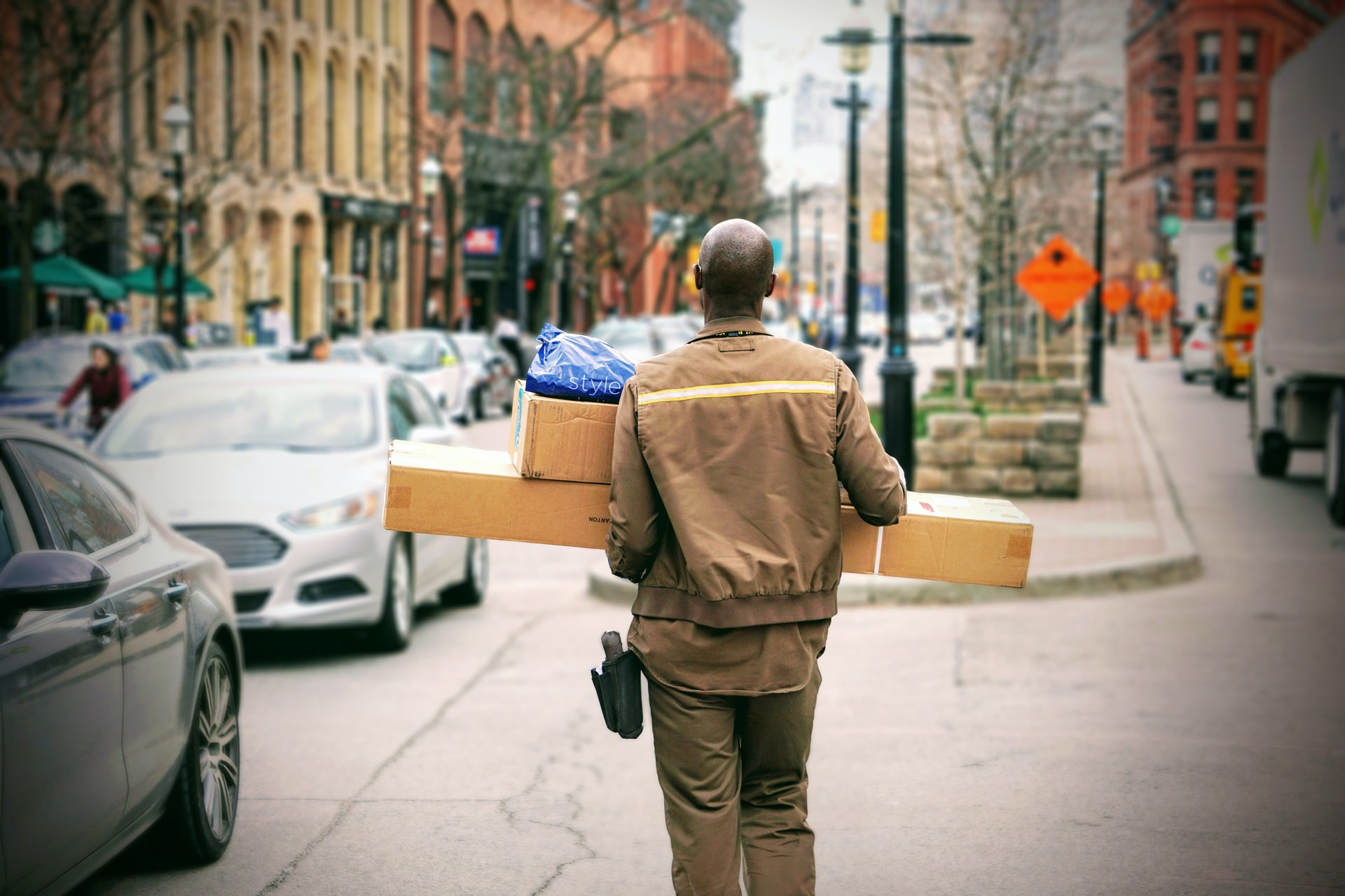 4 Same-Day Delivery Services in Toronto, Ontario