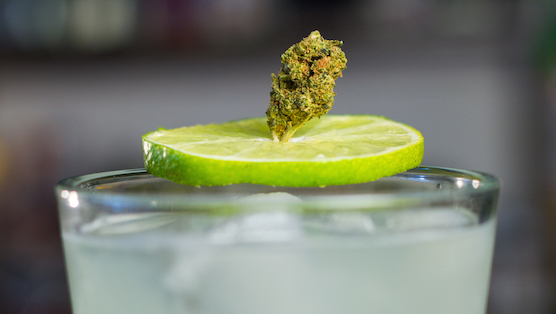 Weed-Infused Liquor - How to Make it in 2 Easy Steps